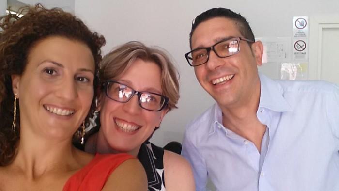 Antonella Petitti con Francesca e Michele Pizzuti