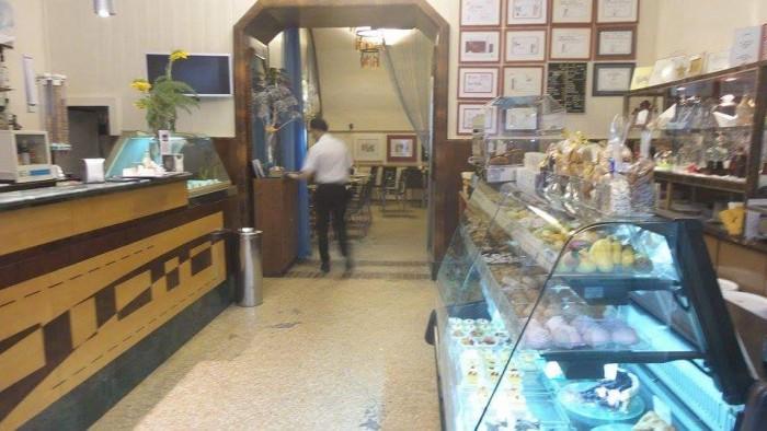 Caffè Sicilia, l'interno
