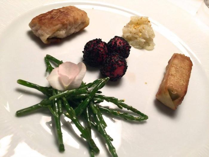 Casa Vissani, anguria e foie gras con seppie crude al sale di curcuma