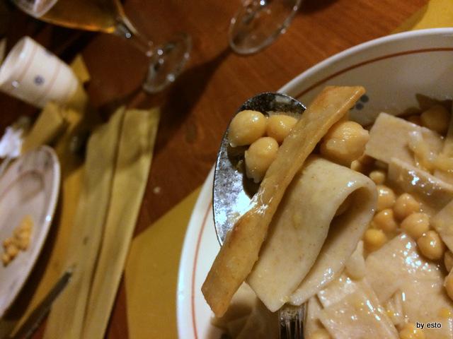 Ciciri e tria la sagna fritta