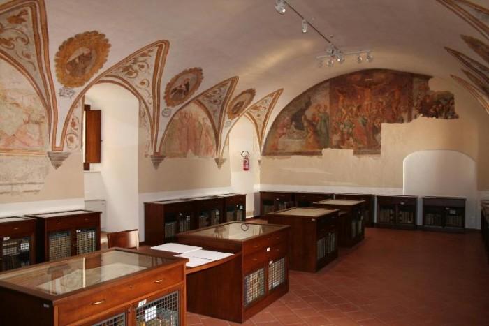 """Festival del """"Cacc'e e mmitte"""", biblioteca comunale, nonchè sede della pinacoteca"""