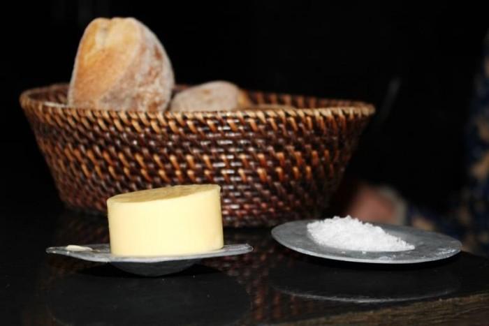 Geist, il cestino del pane con il burro