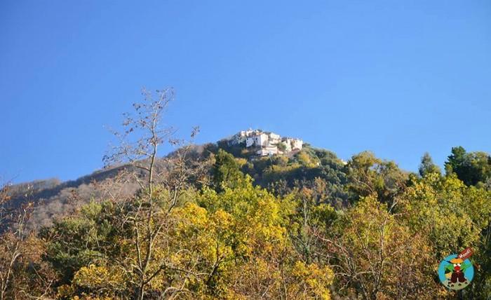 Il borgo di Mandia - foto di Amabile Fierro