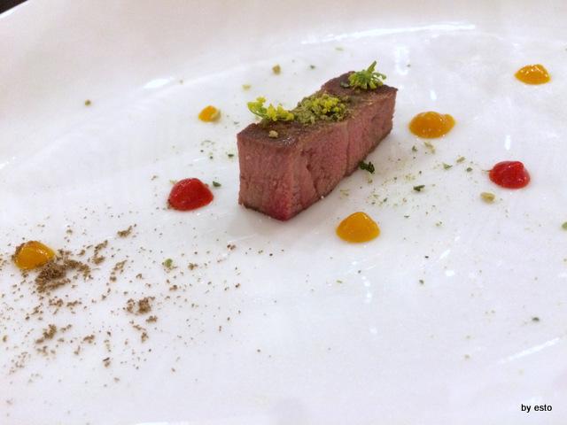 Kresios Lingua di bue cotta per 8h con salsa di papaccelle napoletane