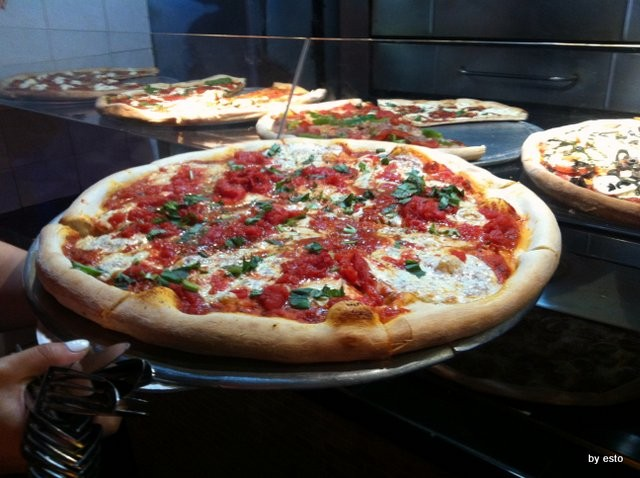 Little Italy New York la pizza da Pomodoro