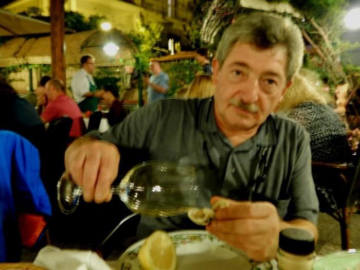 Lo Stuzzichino, il sottoscritto alla prova del vino sul crudo