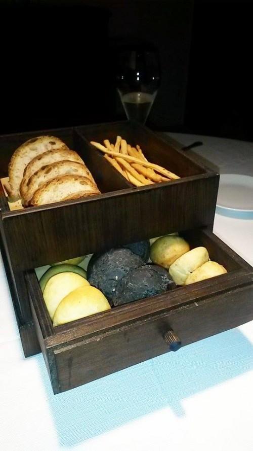 Locanda Severino, pane e grissini