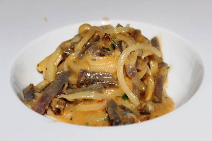 Il Refettorio del Monastero Santa Rosa, spaghetti dei Campi, patata viola, maruzzielli e sfusato amalfitano