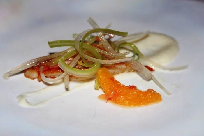 Il Refettorio del Monastero Santa Rosa, triglia con crema fi finocchi e insalata di arance
