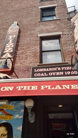 New York Lombardi's Pizza oven 1895 Little Italy