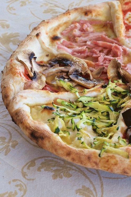 Pizzeria Ciro dal 1923, Con zucchine (ma anche carciofini), con funghi e con prosciutto cotto
