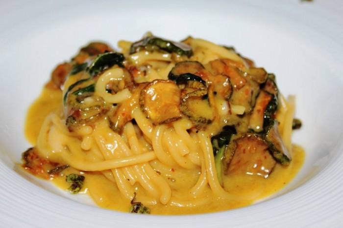 Taverna del Capitano, gli spaghetti di Alfonso alla Nerano