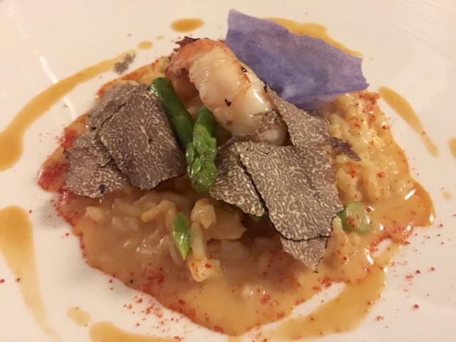 Terrazza Bosquet, riso carnaroli con scampi, asparagi e tartufo nero