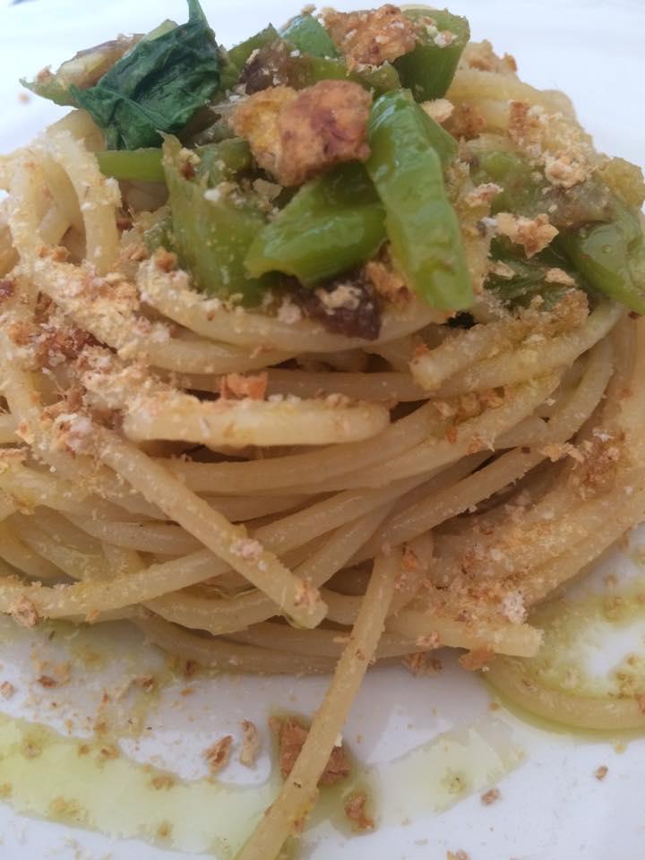 spaghetti peperoncini freselle