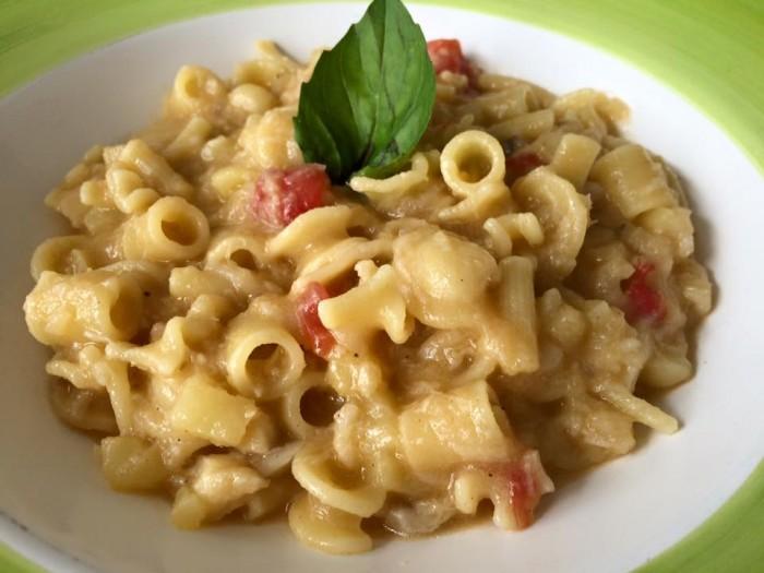 Acquablu, pasta mischiat