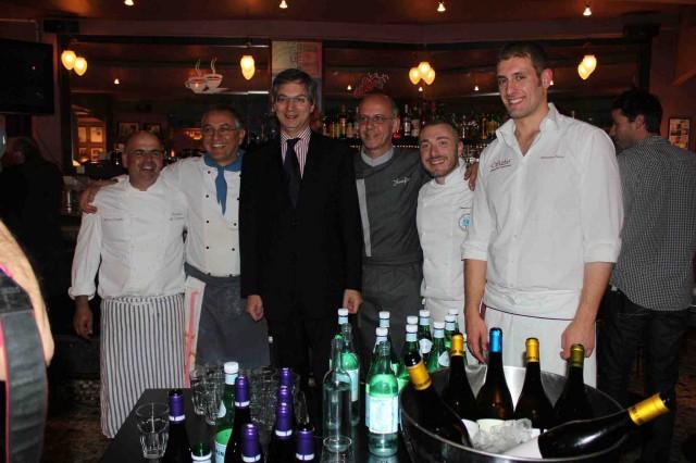 Alfonso Caputo, Enzo Coccia, l'ambasciatore Migliano, Franco Pepe, Gennaro Nasti e Salvatore Salvo