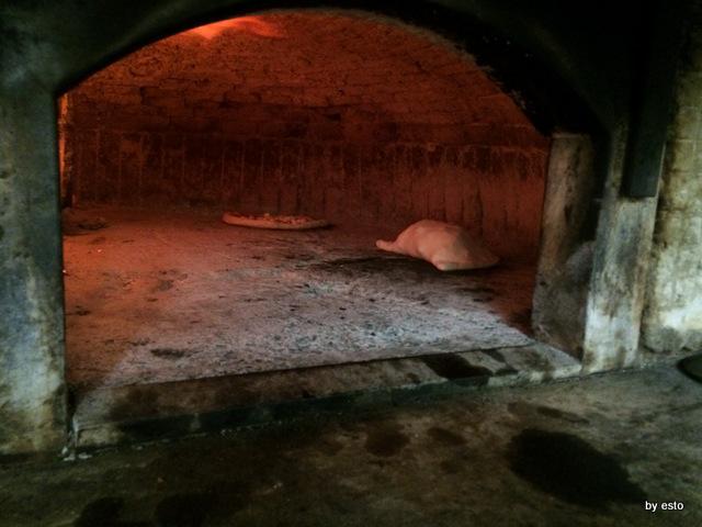 Antica Osteria Pizzeria Pepe Il calzone di scarola in forno