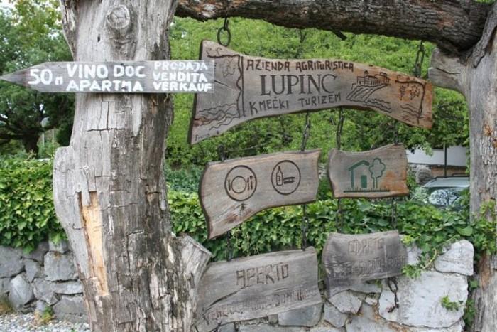Lupinc, l'ingresso del ristorante
