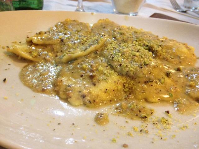 Rifugio Sapienza, ravioli al pistacchio di Bronte