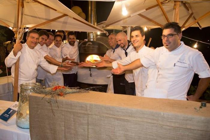 Wine & Food Safari, tutti i protagonisti davanti al forno delle pizze