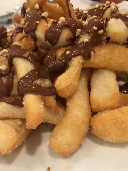 pizzeria Divina Regina, angioletti al cioccolato