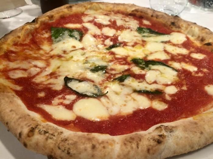 pizzeria Divina Regina, la margherita