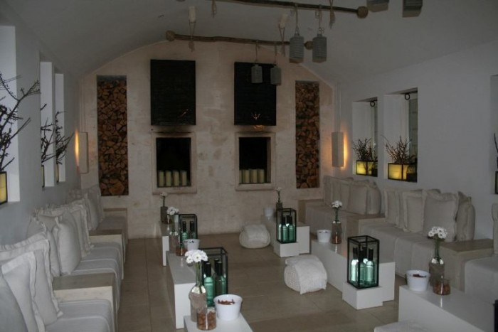 Borgo Eganzia, interni