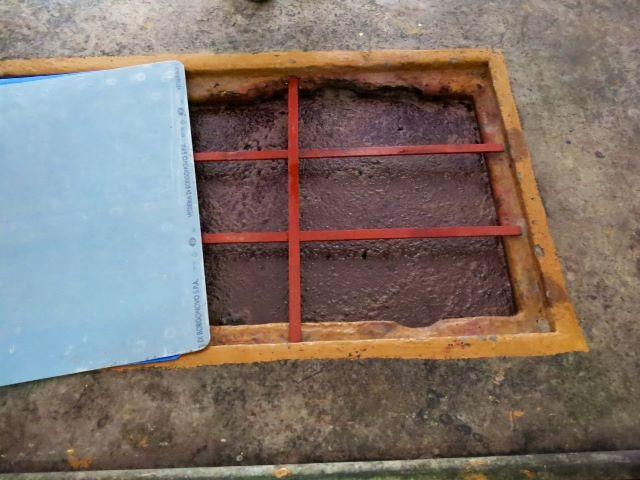 Cantina Sociale Sampietrana, le vasche di vinificazione sono quelle originali, oggi rivestite in vetroresina