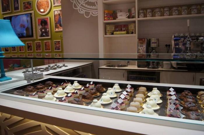 Casa Clerici, Centro Commerciale Campania. I dolci di Sal  De Riso