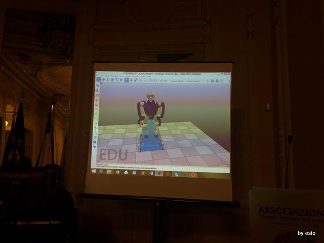 Enzo Coccia robot.  La conferenza  di presentazione.