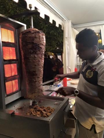 Cucine di Strada, il kebab di Mezè Bistrot