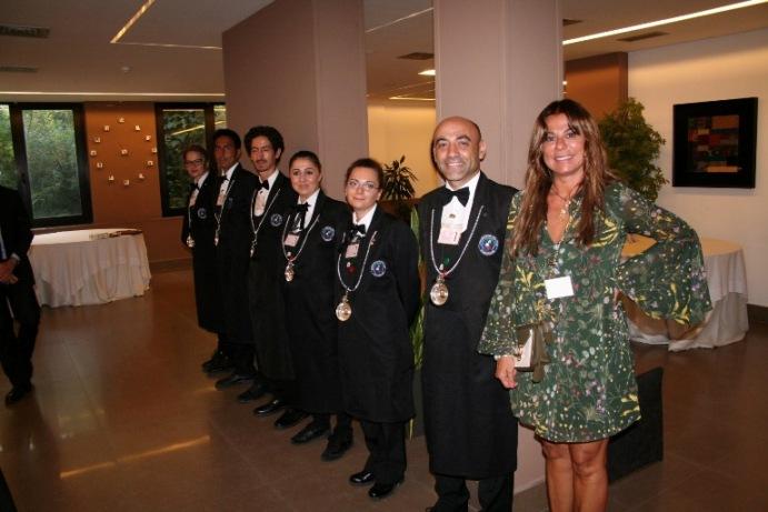 IV Concorso enologico nazionale dei vini rosati d'Italia, l'organizzatrice Lucia Nettis e gli impeccabili sommelier della FIS