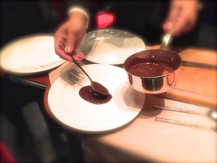 il nuovo ristorante Marchesi, il servizio dell'anitra