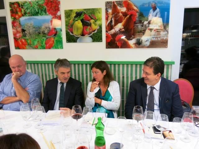 la verticale di  Chianti Classico Badia a Passignano, un momento della degustazione