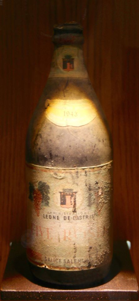 storica bottiglia Five Roses destinata alle truppe americane nella bottiglia della birra
