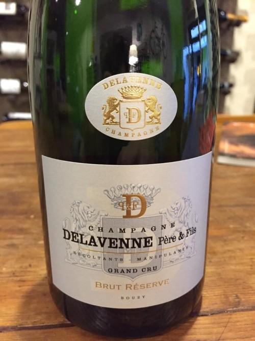 Brut réserve Delavenne Pére & Fils, l'etichetta