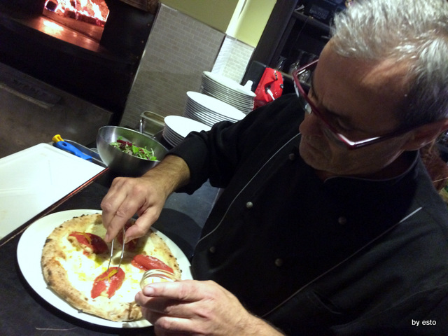 Hungry People Mimmo Molaro . Pizza con san Marzano ripieno