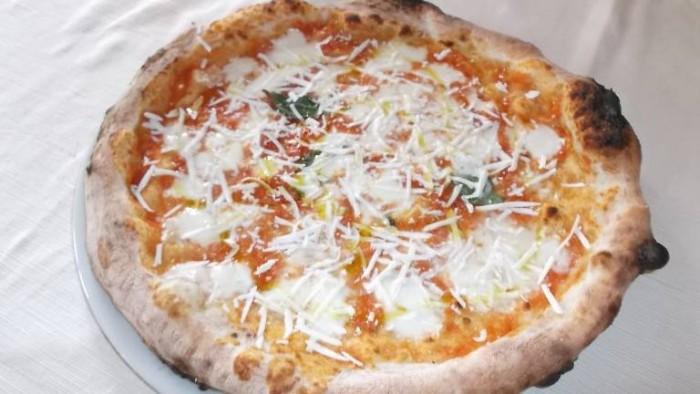 La Pietra Azzurra, pizza cilentana