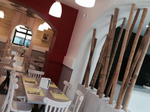 La  pizzeria  nuova  di Pasqualino Rossi. Le sale