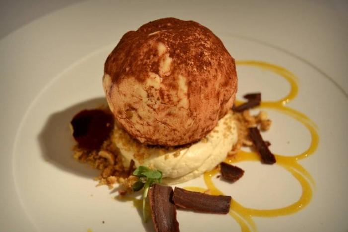 Le Lampare al Fortino, Tartufo… Cioccolato bianco, Mascarpone e Mandarino