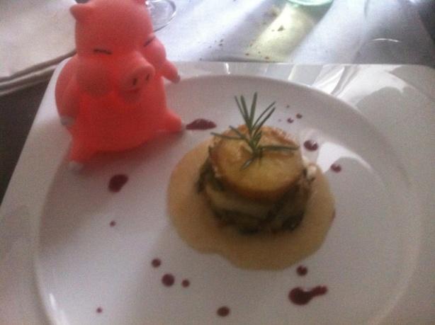 Li.Ra restaurant, tortino di patate e scarole su salsa di pane