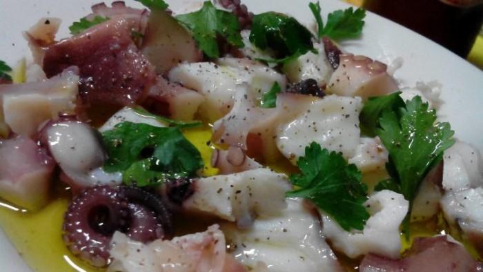Osteria Il Cerriglio, polpo bollito olio e pepe