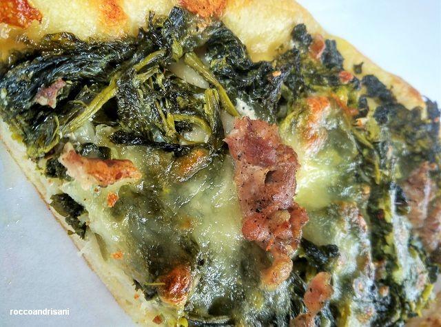 Panificio Michelangelo. Pizza salsiccia e friarielli. Dettagli