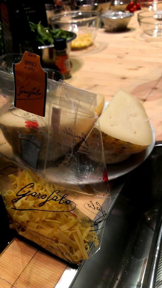 Pasta mista di Gragnano (Garofalo) e Provolone del Monaco