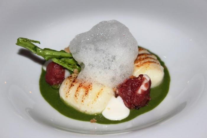 Rossellinis, gnocchi con salsiccia a broccoli