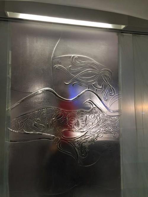 Sorbillo, la grata a forma di Pulcinella realizzata dal maestro Lello Esposito