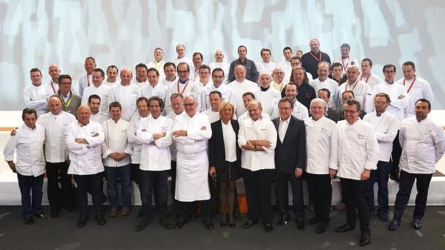 i cuochi che hanno fondato il Collegio Culinario di Francia - immagine tratta da www.abc.es