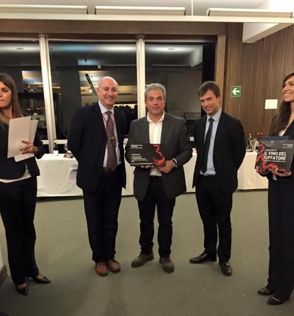 prima edizione del Vino del Tuffatore, la premiazione di Luigi Maffini