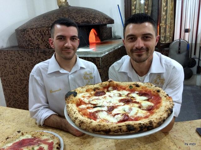 Da Salvatore. Emanuele  e Marco Marigliano Pizza Diavola