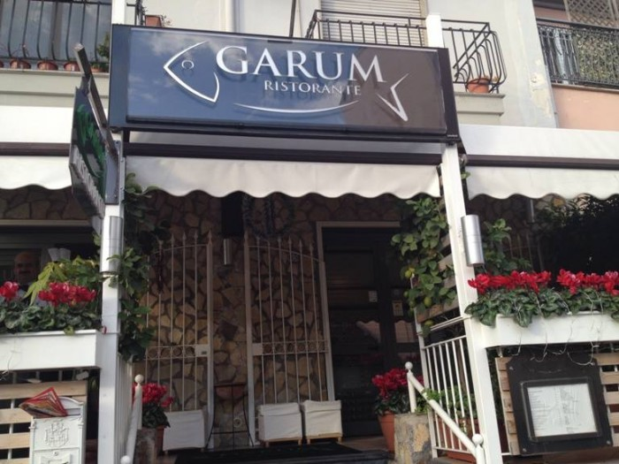 Garum, ingresso